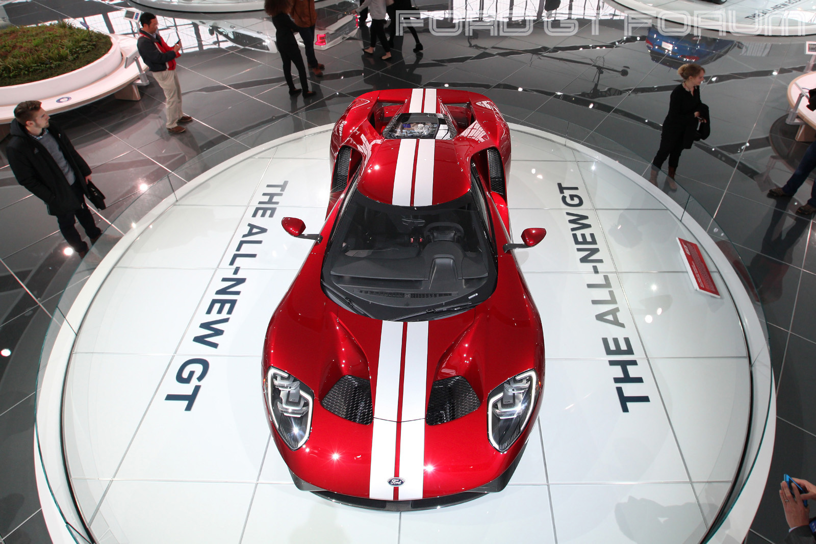 Ford-GT-Autoshow-3000-1