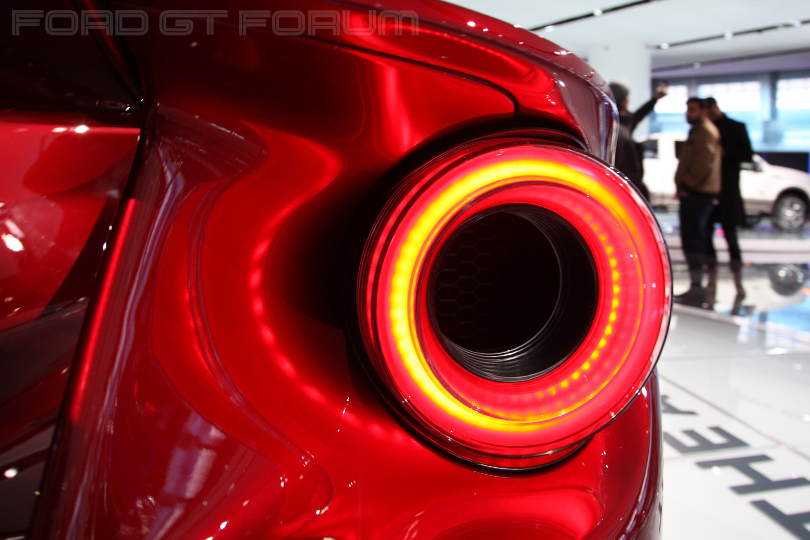 Ford-GT-Autoshow-3000-13