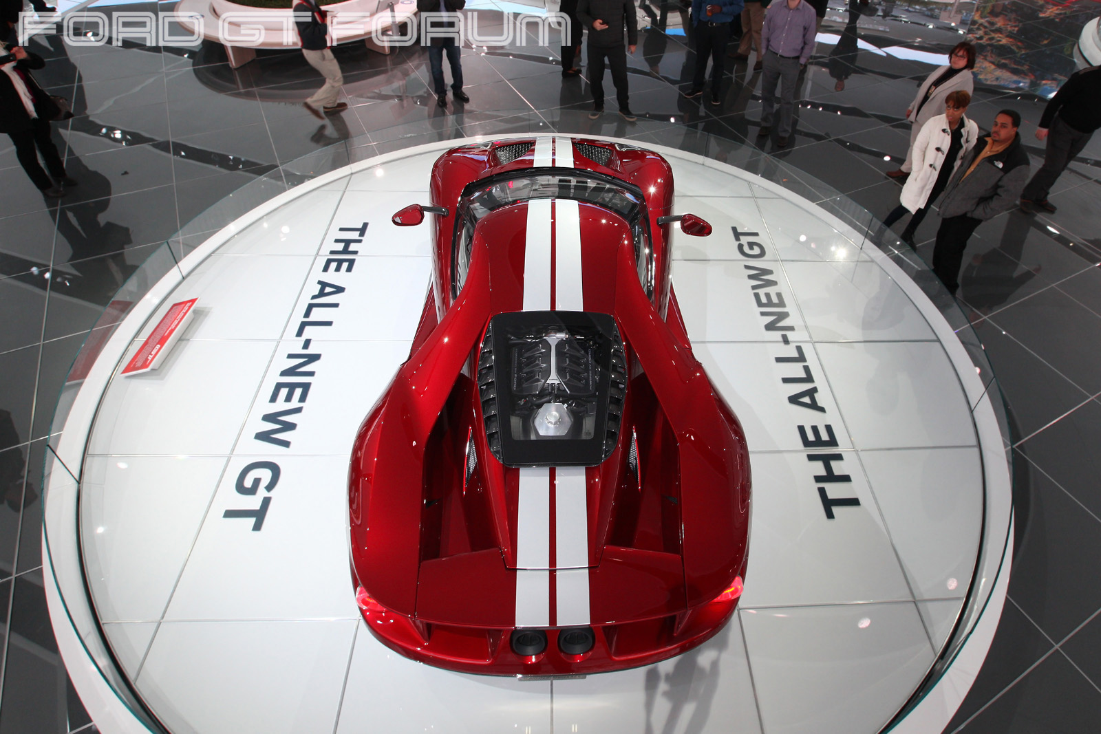 Ford-GT-Autoshow-3000-2