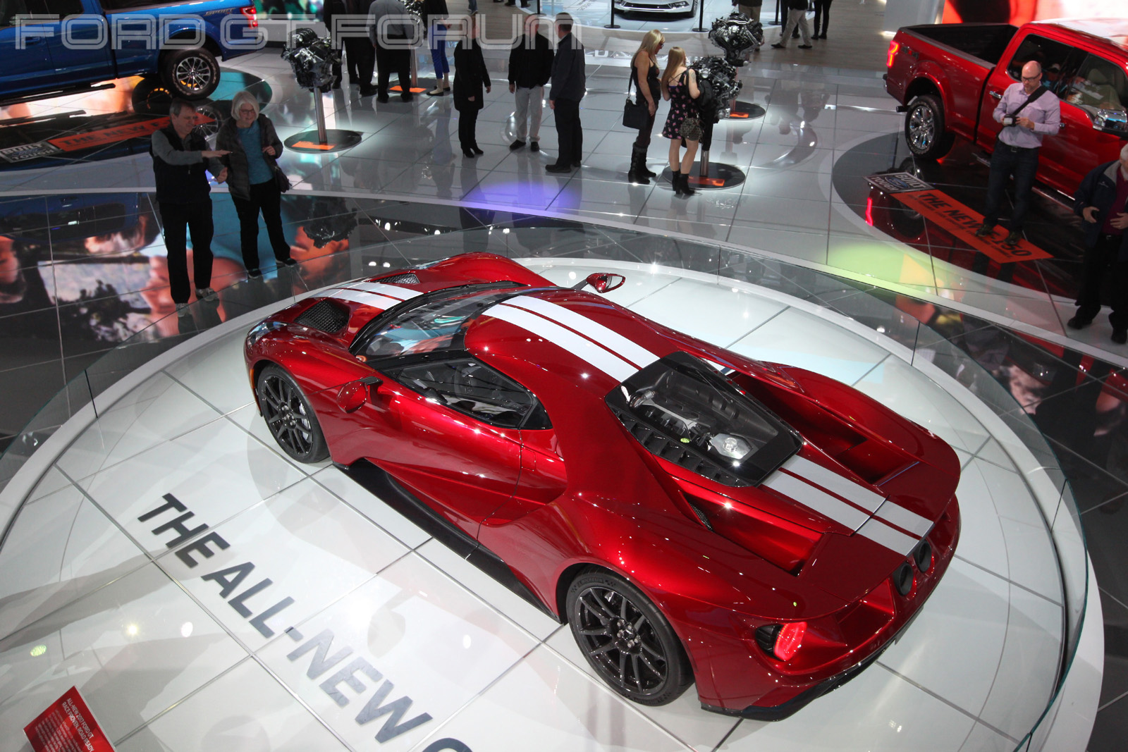 Ford-GT-Autoshow-3000-7