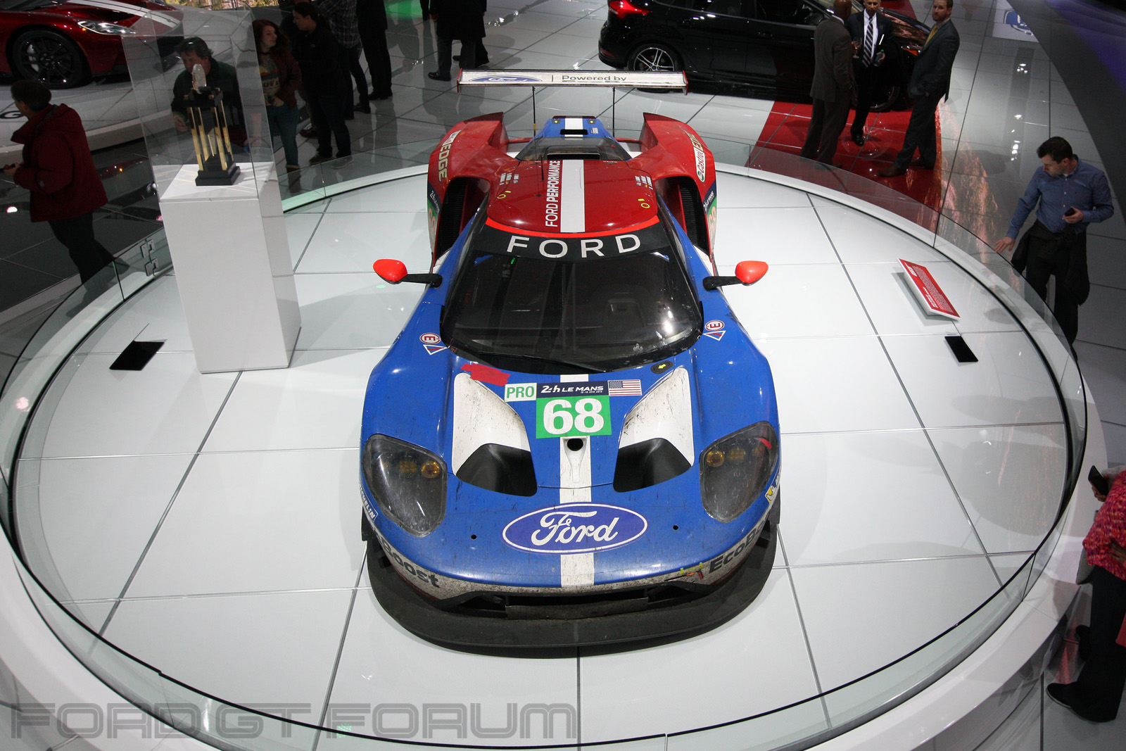Ford-GT-LM-GTE-Autoshow-3000-2