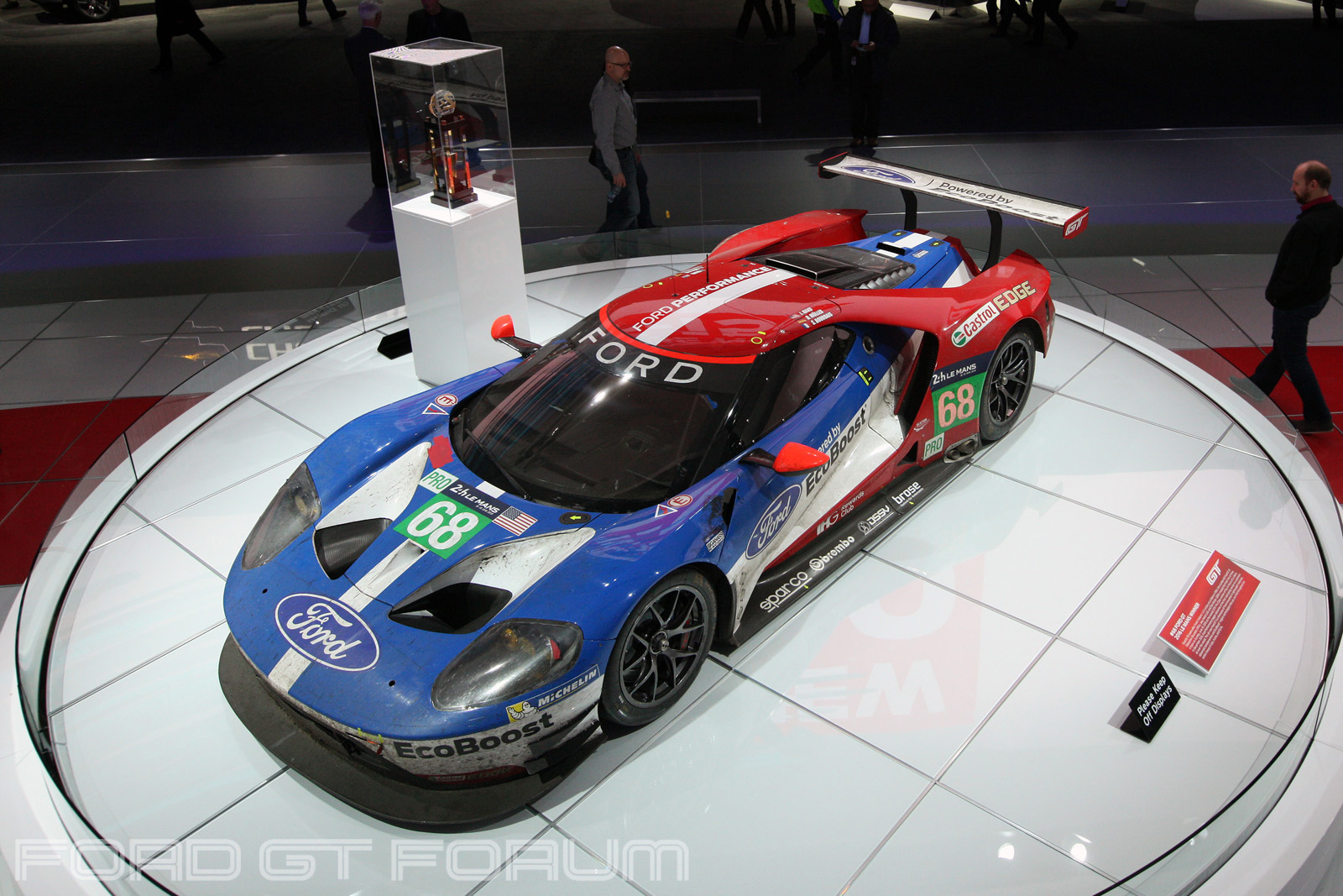 Ford-GT-LM-GTE-Autoshow-3000-4
