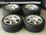 Ford GT Wheels and Tires.jpg