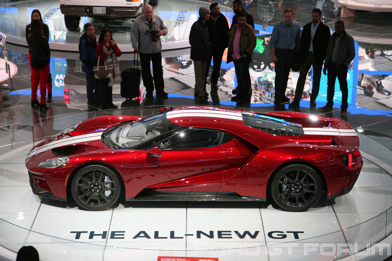 Ford-GT-Autoshow-3000-10