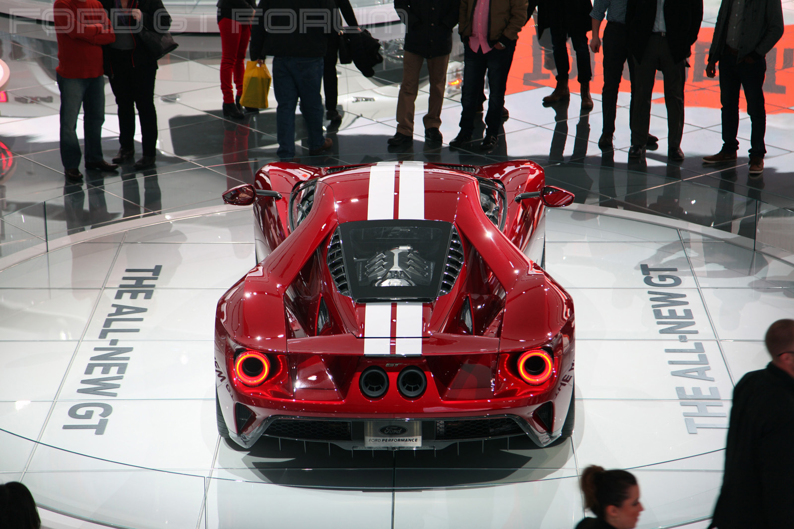 Ford-GT-Autoshow-3000-11