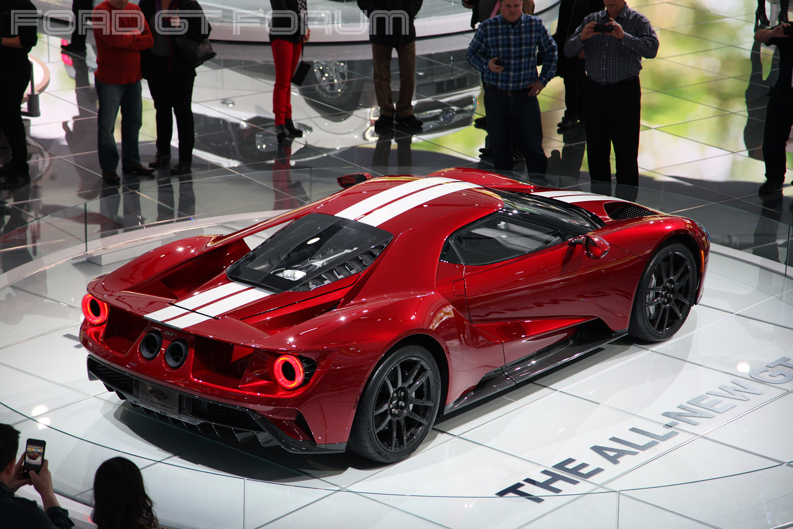 Ford-GT-Autoshow-3000-12